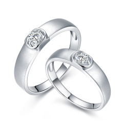 芭法娜 情深伉俪 18K金情侣钻石戒指 订婚结婚戒指 订制款无现货 工期约20天