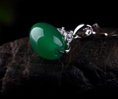 琳福珠宝 S925银镶嵌绿玉髓路路通吊坠
